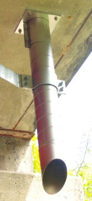橋梁用排水補修 スパイラル施工例