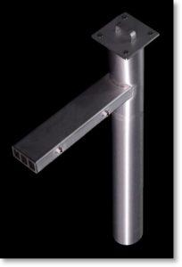 橋梁用排水桝 地覆貫通部を角管、鉛直箇所を丸管仕様