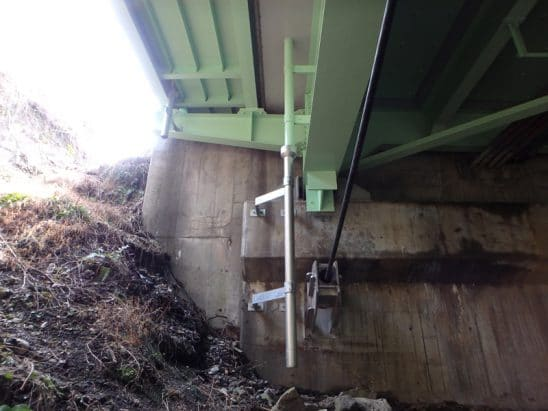 橋梁用排水管 上下部 受桝使用例