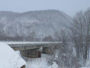 寒冷地(北海道)へ橋梁用排水管を設置した例