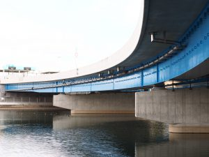 橋梁排水管で最大φ350を使用した例