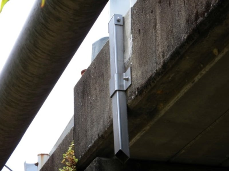 橋梁用 地覆 横引 排水装置 プレテンホロー 2