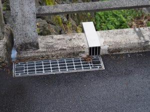 橋梁用 地覆 横引 排水装置 プレテンホロー 9
